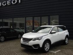 Objevte více informací o vozu Peugeot 5008 ACTIVE 1.2 PureTech 130k MAN6